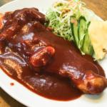 昭和の面影残る洋食屋さん「えんとつ」〜チキンソテー&えんとつ風ハンバーグスパゲティ(大館市餌釣)