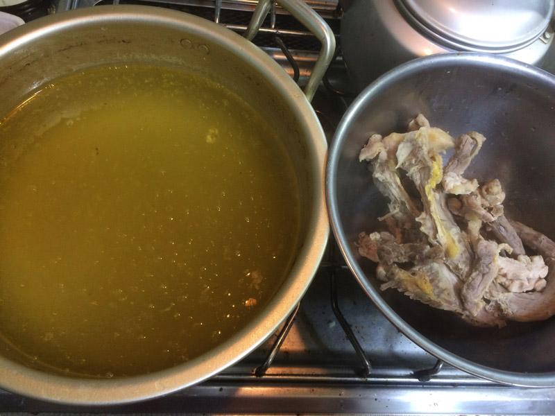 だまっこ鍋のスープ