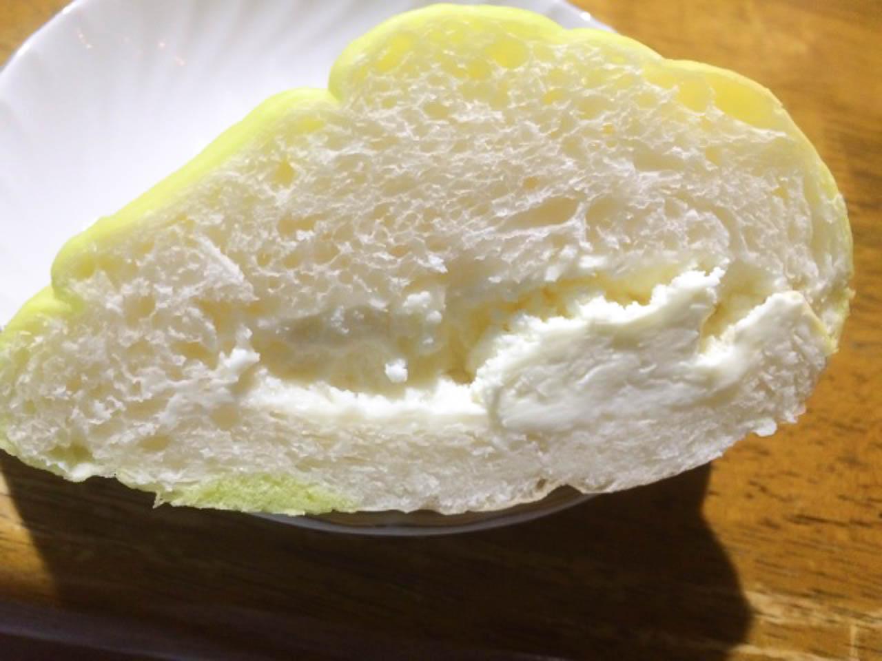 超有名店、フレンドールのメロンパンをGET(秋田県横手市)