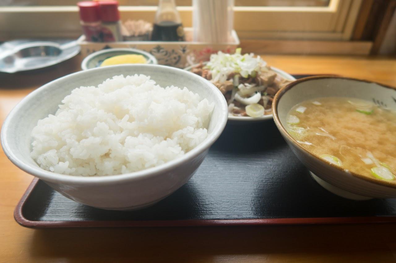 ご飯の盛りが良い!|舘の丸食堂