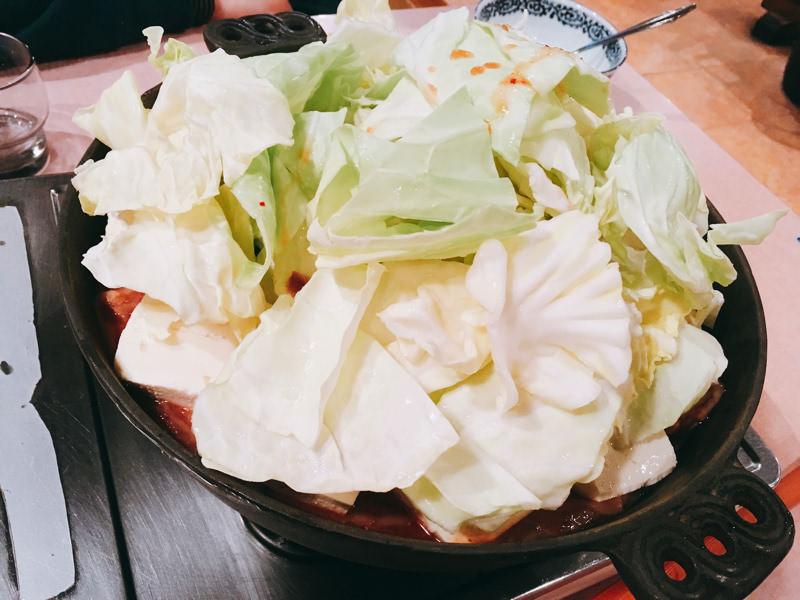 あらためてホルモン鍋を食べに行ってみた。「ホルモン幸楽」大館支店